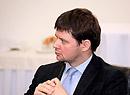 Виктор Дубровин