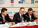 Виктор Алексеев Андрей Веселков Сергей Ефремов
